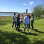 Weltfrieden durch Lachen Weltlachtag mit Lachyoga in Schleswig