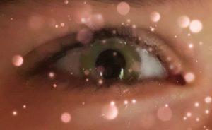 weinen und Lachen: Lachtränen oder Freudentränen